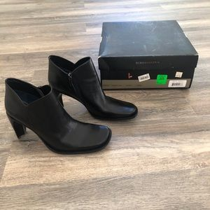 BCBG MAXAZRIA Black Leather Ankle Booties